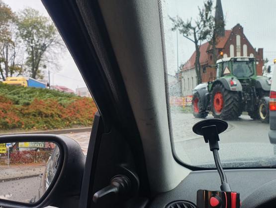 Strajk rolników na rondzie w Chwaszczynie