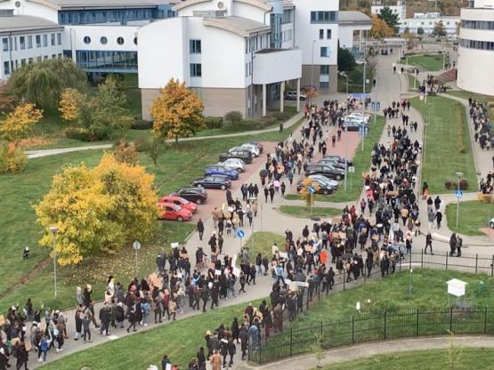 Protest studentów Uniwersytetu Gdańskiego na terenie uczelni