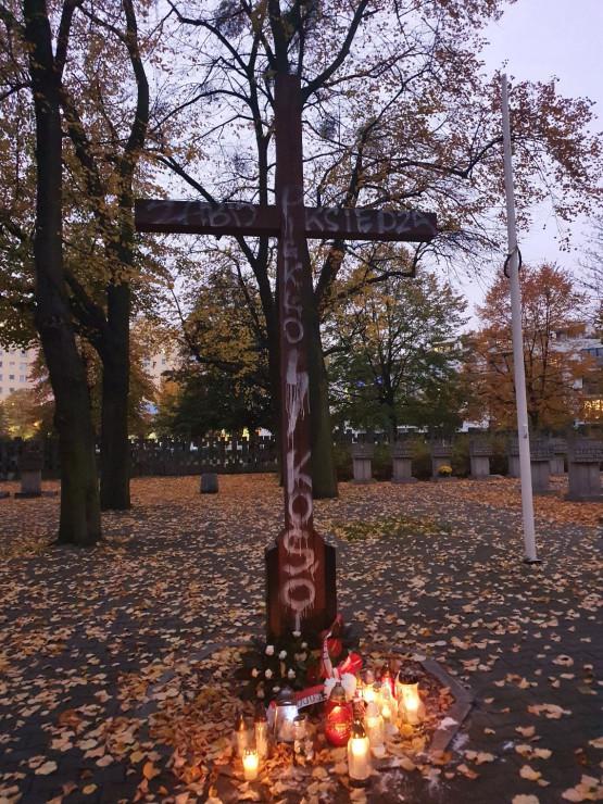 Akt wandalizmu na Cmentarzu Ofiar Hitleryzmu na Zaspie