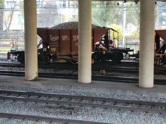 Skutki wykolejenia pociągu pod Błędnikiem