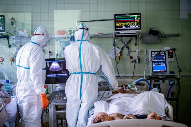 03 11 2020 Leczenie pacjentów z Covid 19 w Pomorskim Centrum Chorób Zakaźnych i Gruźlicy w Gdańsku