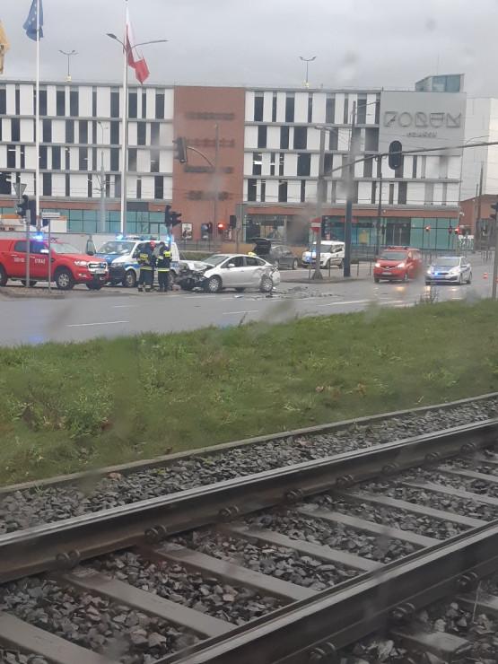 Skutki porannej kolizji przy Forum Gdańsk