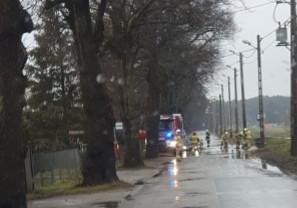 Zalany przystanek przy ul. Świbnieńskiej w Gdańsku