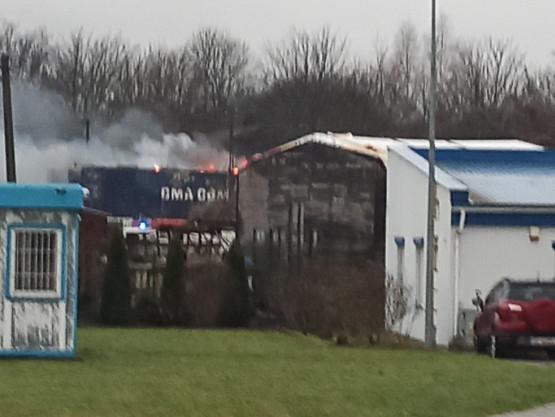 Pożar przy ul. Sandomierskiej na Oruni
