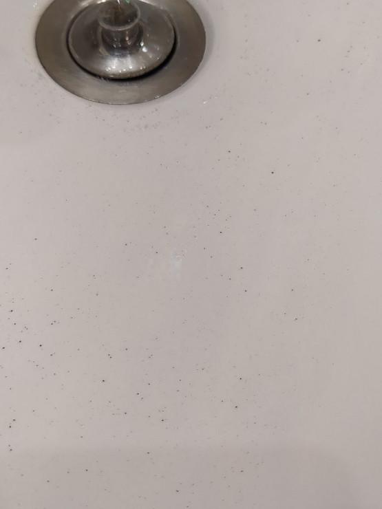Woda wątpliwej jakości na Zaspie