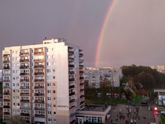 Tęcza na zakończenie dnia w Gdyni