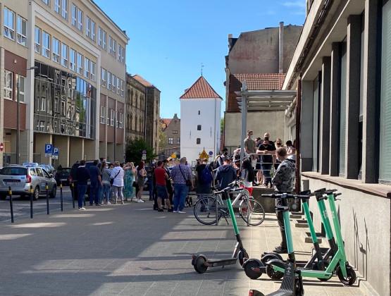 Tłum po paszporty w Gdańsku