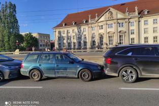 Mała kolizja 4 aut