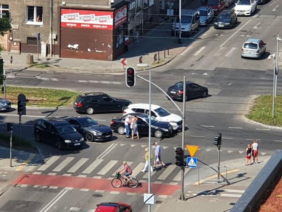Kolizja na skrzyżowaniu Hallera i Kościuszki we Wrzeszczu