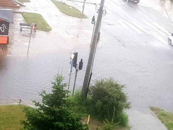 Ul Arkońska i Kołobrzeska zalane