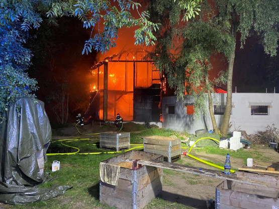 Skutki nocnego pożaru na Przegalińskiej
