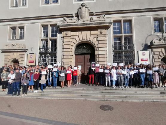Protest przed Sądem Okręgowym