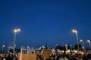 Tłumy na protestach po orzeczeniu TK