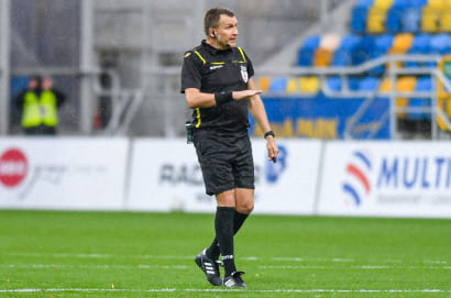 Arka Gdynia - Resovia 2:0. Ryszard Tarasiewicz wygrał w trenerskim debiucie