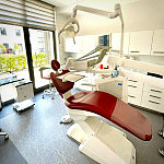 klinika stomatologiczno-implntantologiczna