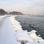 Bulwar Nadmorski w Gdyni, zimą.
