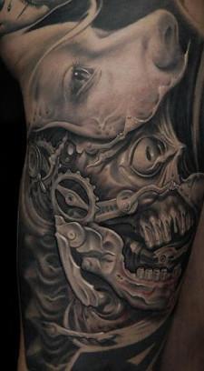 Victor Portugal, 9th Circle Tattoo