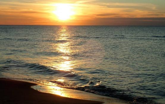 2,5 godziny wiosłowania i idealny czas na naukę pływania, bądź rodzinną sielankę. A na koniec wypoczynek na plaży i cudowny zachód słońca nad Bałtykiem !