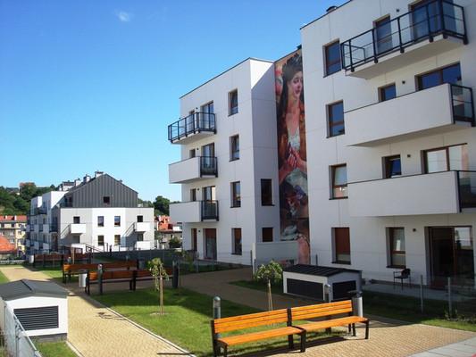 Wewnątrz osiedla powstała przestrzeń sprzyjająca sąsiedzkiej integracji.