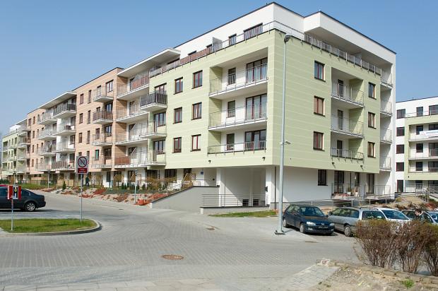 Ostatni budynek osiedla Młyniec wkomponował się w otaczającą zabudowę.