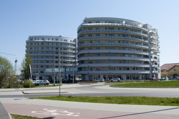 2014 rok. Dwa pierwsze budynki mieszkalne są gotowe.