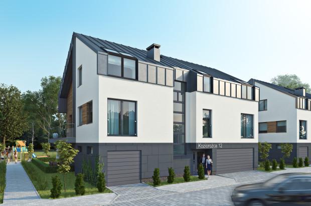 W każdym z trzech budynków powstaną cztery lokale mieszkalne.