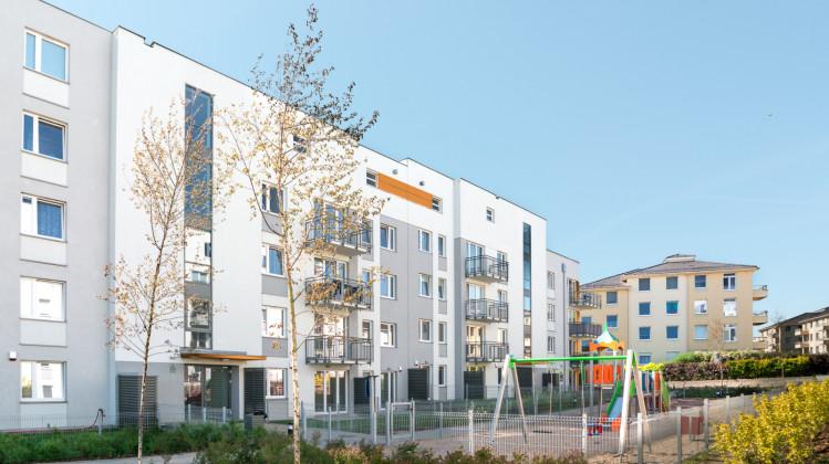Pomiędzy budynkami osiedla 3 Kolory oddanymi w 2017 roku powstał plac zabaw dl dzieci.