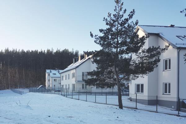 Ostatnie, otoczone lasem, budynki Zielonej Laguny zostały oddane do użytkowania w 2018 roku.