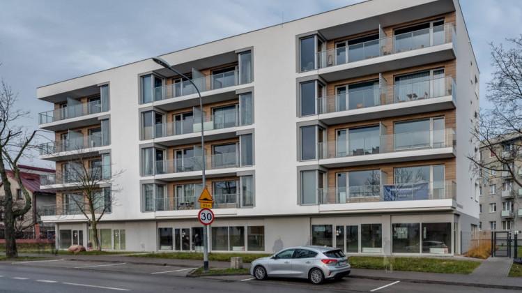 Na parterze budynku przy Bosmańskiej 42 powstały lokale usługowe.