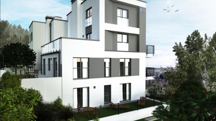 Budynek powstaje na wzniesieniu, dlatego z części mieszkań rozciągał się będzie widok na Gdynię.