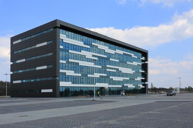 Biurowiec zlokalizowany nieopodal terminala kontenerowego ma ponad 8 tys. m kw. powierzchni.