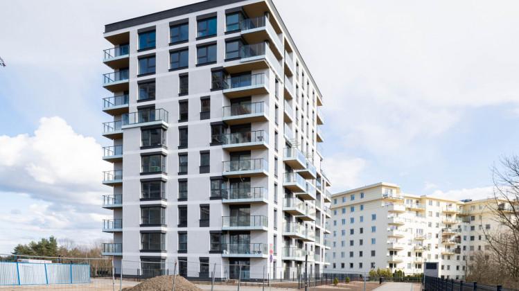 Pierwszy budynek osiedla Srebrniki pozwolenie na użytkowanie uzyskał pod koniec 2020 roku.