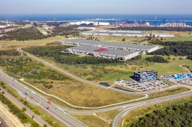 Park magazynowy Gdańsk Port zgodnie ze swoją nazwą położony jest blisko gdańskiego portu kontenerowego.