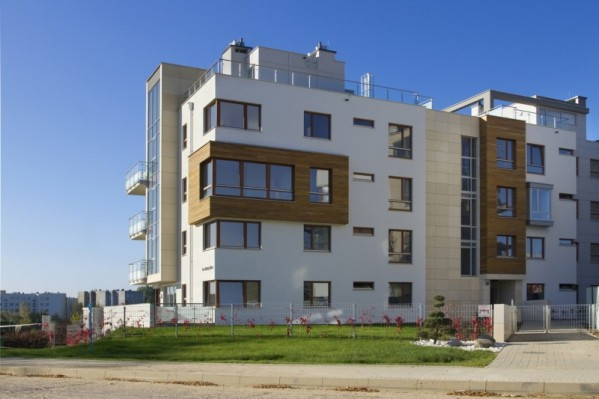 Jeden z trzech budynków powstałych w ramach osiedla.