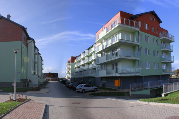 Mieszkania na najnizszej kondygnacji to tzw.wysoki parter.  mat.inwestora
