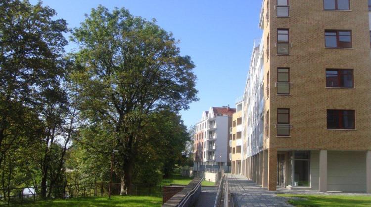 Ostatnie, oddane w 2011 roku budynki Kamienic nad Motławą.