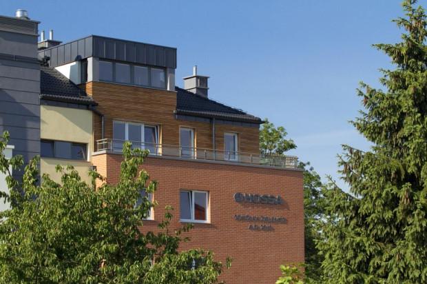 Wykończone naturalnymi elementami elewacje Sokółki Zielenisz wpisują się w naturalne otoczenie osiedla.