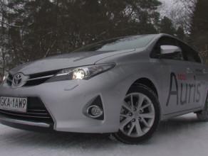 Toyota Auris. W dieslu czy benzynie?