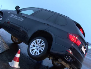 BMW i Mercedes żegnają tylny napęd?