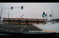 Z nienacka: Strzeż się tramwaju!