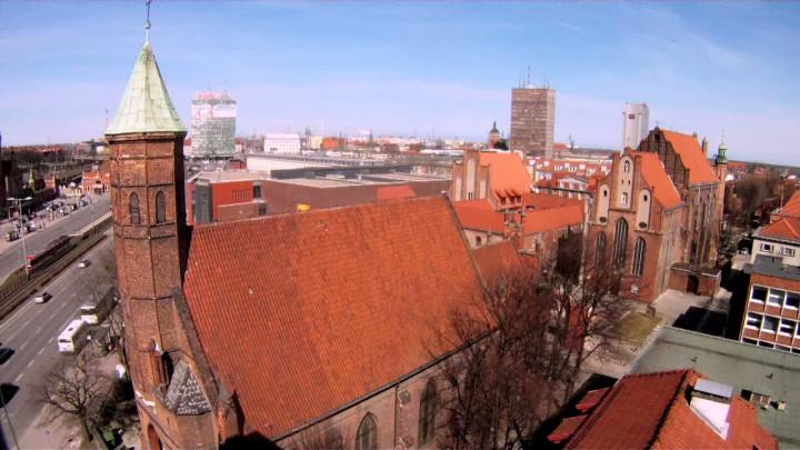 Działał przy nim szpital isierociniec, ajego prezbiterium projektował jeden znajsłynniejszych pruskich architektów. Zobacz średniowieczny kościół św. Elżbiety wGdańsku.