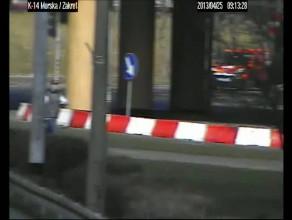 Zapis kamer monitoringu miejskiego po wypadku na ul. Morskiej w Gdyni