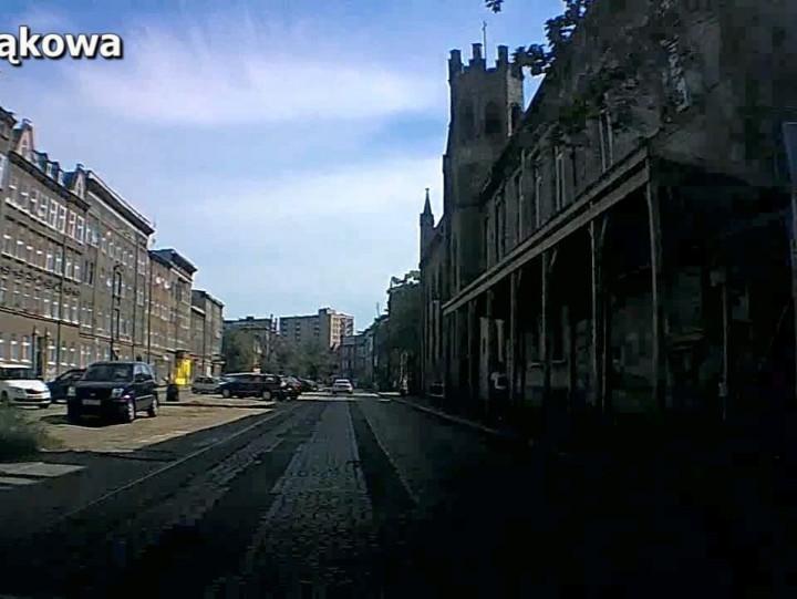 jazda przez Dolne Miasto to dla kierowców koszmar.