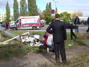 Wywróciło sie auto z koszem