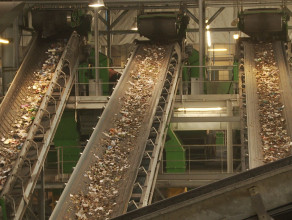 Zobacz nowoczesną sortownię śmieci od środka