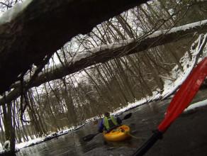 Zimowy spływ Łupawą
