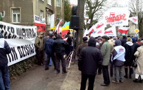 Protest pod konsulatem Rosji