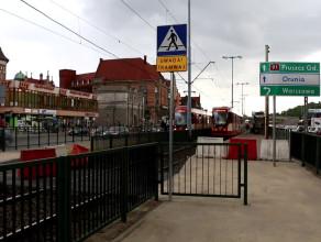 Nowe dojście do przystanków tramwajowych Brama Wyżynna