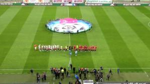 Piłkarze wychodzą na mecz Lechia-Wisła