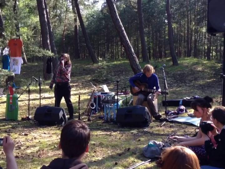 Fragment koncertu Dva w sobieszewskim lesie.